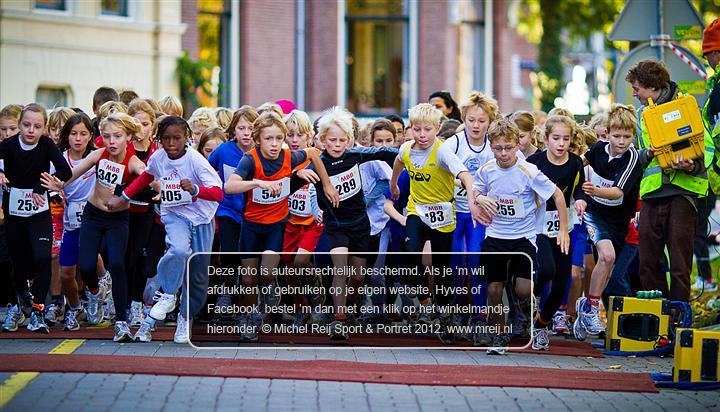 Start, Maliebaanloop, Liam Szczerba, BAV, Michel Reij Sport & Portret, Www.mreij.nl, Sportfotografie, Portretfotografie, Atletiek, Track & Field, Leichtatletik, Athletics, атлетика, 田径运动, 陸上競技, Atletismo, Athlétisme, Atletiko, Gymnasticaque, Atletizm, Atletica, الالعاب الرياضية, AV Phoenix, Maliebaan, Utrecht